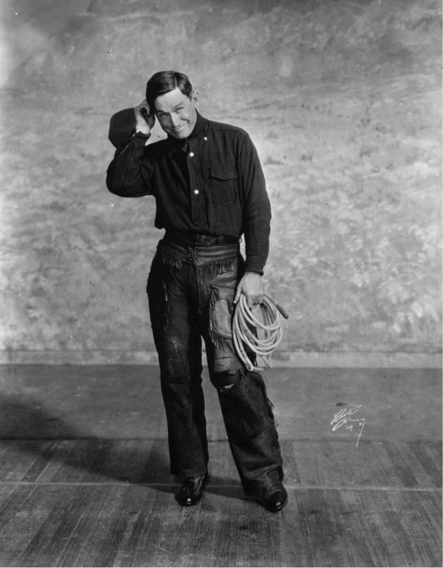 will-rogers-on-stage-1920-perfoming-dancing-comedy