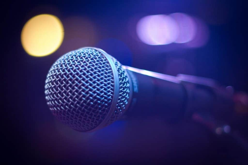 New media helped to spread stand-up comedy