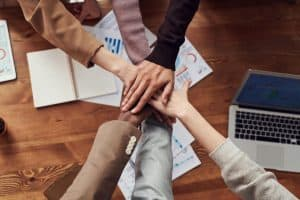 Corporate team event ideas to build relationships