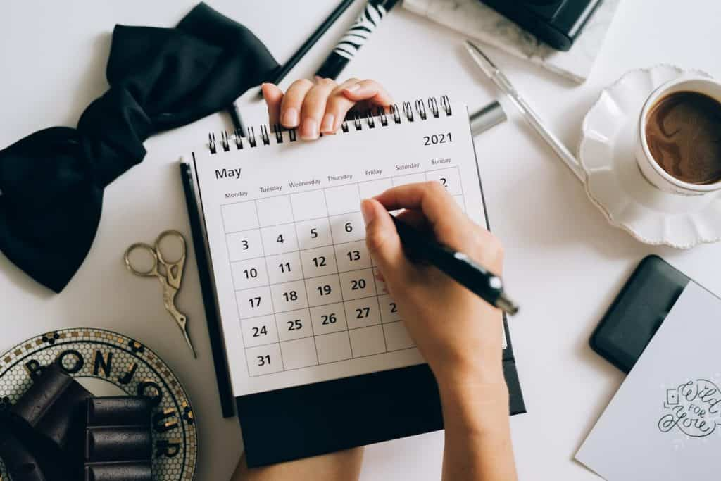 Increase productivity at your business with these time management tips