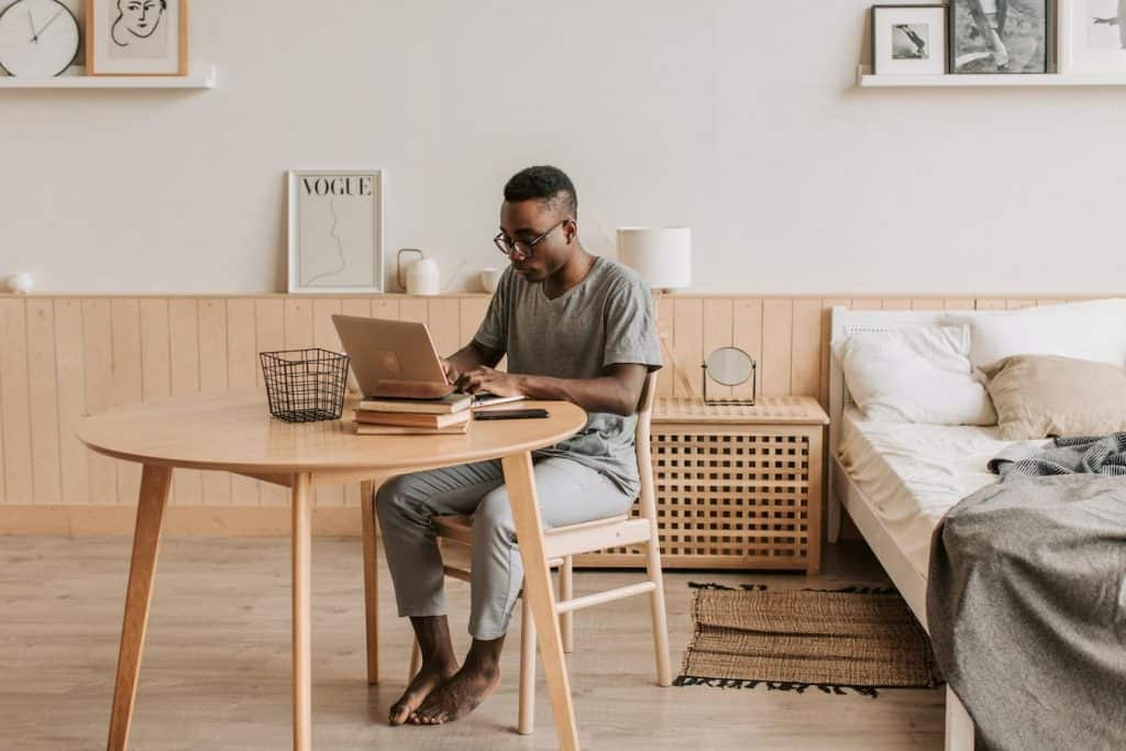 Good communication in the workplace is especially important for remote workers
